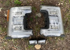 """Ford F-250 headlights """"King Ranch"""" for Sale in Lago Vista, TX"""