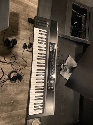 Native Instruments Kontrol S61 for Sale in Los Angeles, CA
