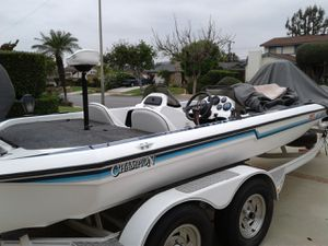 Champion bass boat for Sale in La Mirada, CA