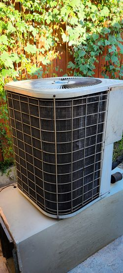 3 tons condenser unit ...and machine for Sale in Houston,  TX