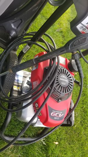Like New Simpson MegaShot 3000 PSI (Gas-Cold Water) Pressure Washer w/ Honda Engine for Sale in Glen Ellyn, IL