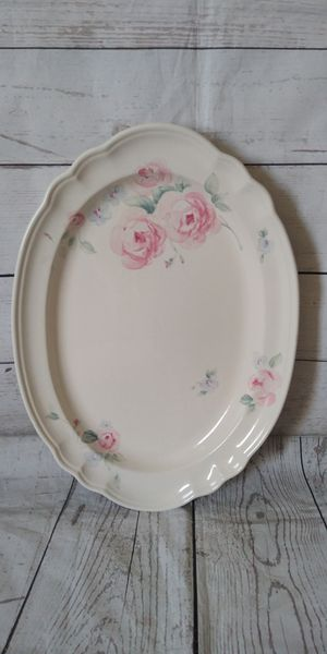 Beautiful Pfaltzgraff Tea Rose Platter , excellent condition ... for Sale in Frederick, MD