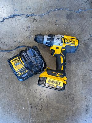 Dewalt 20V cordless XR 3-speed hammer drill with 4.0ah battery and charger for Sale in Garden Grove, CA
