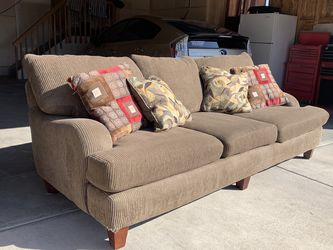 Couch FREE DELIVERY for Sale in Longmont,  CO