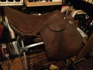 20th Century English Saddle for Sale in Morgantown, WV