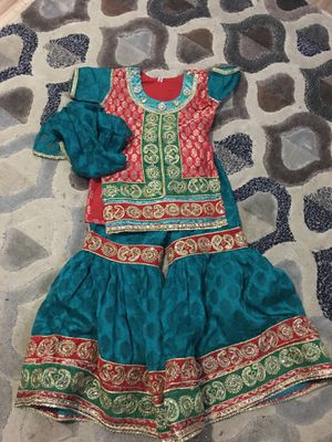 Kids wedding Pakistani dress size 24 and 22 for Sale in Herndon, VA