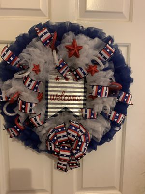 New tulle wreath for Sale in Charlotte, NC