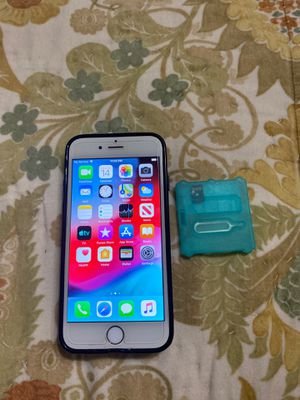 iPhone 6/16 Chip Unlocked international/oversea T-Mobile ATT Metro PCs Tint Mobile Simpke Mobile for Sale in Houston, TX