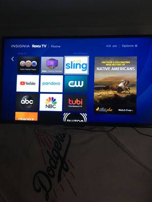 Insignia 42 in smart tv (-Roku tv) for Sale in Fontana, CA