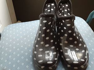 Woman Rain boots size 6.5 for Sale in Ellendale, DE