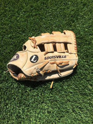 Softball glove for Sale in Encinitas, CA