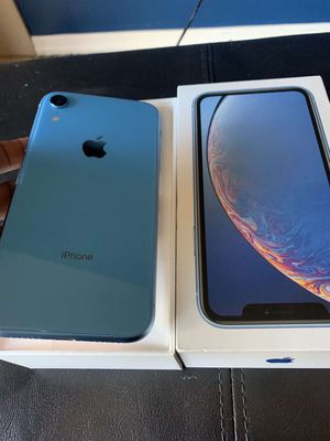 iPhone XR for Sale in Bloomington, IL