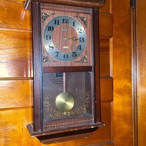 Vantage clock for Sale in New Haven, CT