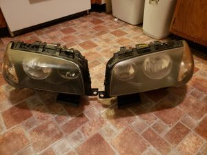 BMW X3 2005 headlights for Sale in Howell, NJ
