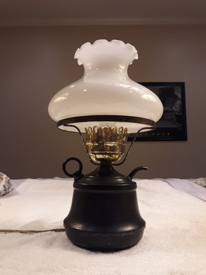 "Teapot Lamp 13""H, black teapot 6""W, glass shade 6""H x 8""W for Sale in Washington, IL"