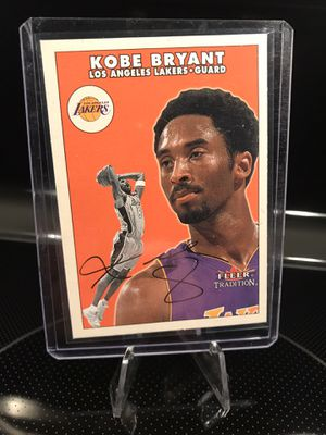 Fleer Tradition Kobe Bryant Signature Card - Lakers Jersey 8 NBA Collectible - MINT - $39 OBO for Sale in Carlsbad, CA