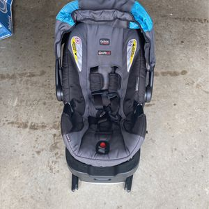 Britax Rear Facing Baby Carrier for Sale in Crestview, FL