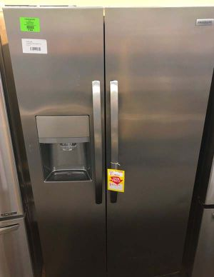 Frigidaire Counter Depth Side by Side Refrigerator Stainless Steel TL for Sale in Dallas, TX