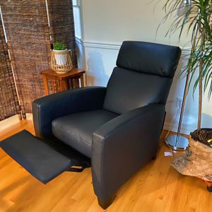 Recliner Chair/ Sofa Chair for Sale in Seattle, WA