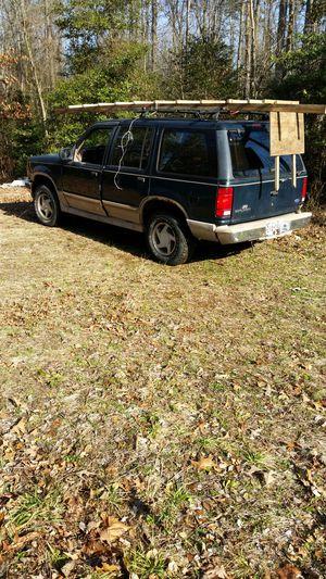 Eddie Bauer Ford Explorer 93 for Sale in Glenarden, MD