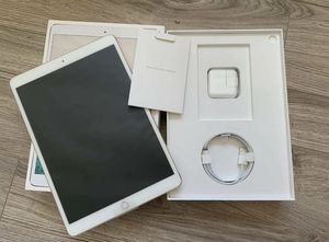 """⭐️Apple iPad Pro 10.5"""" 512GB bundle with AppleCare+ 11/2020⭐️ for Sale in Port St. Lucie, FL"""