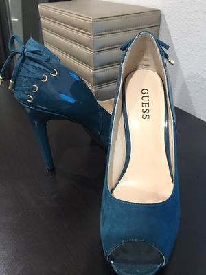Teal Suede and Patent Leather Guess Heels - Size 9 for Sale in Kirkland, WA