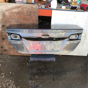 12-14 toyota camry trunk for Sale in Compton, CA