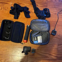 Go Pro Hero 5 Black With Accessories for Sale in Westford,  MA