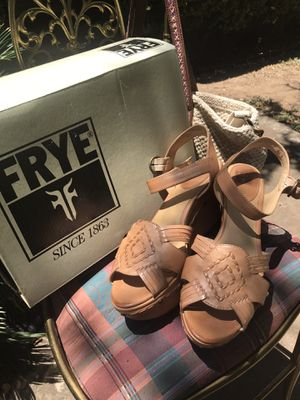 Frye ——- Carlie Huarache Ankle Size 11 M for Sale in Buda, TX