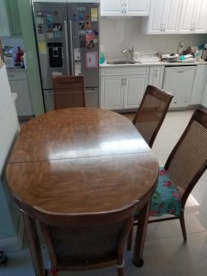 Drexel Antique Dining Table for Sale in Hollywood, FL