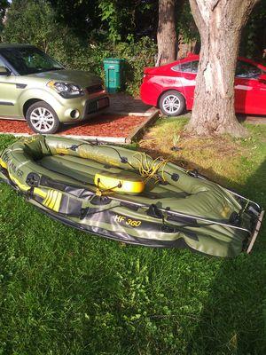 Sevlor 6 man inflatable boat for Sale in Lake Angelus, MI