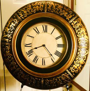 large decorative carved wood like wall clock, W36 for Sale in Chandler, AZ