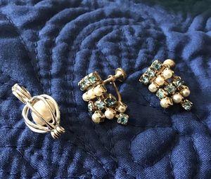 Vintage Earrings & Pendant for Sale in Sierra Vista, AZ