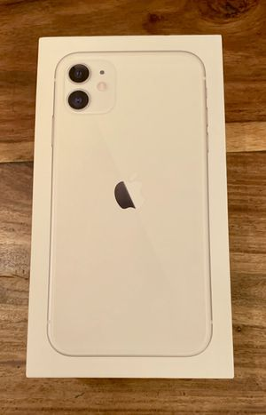 iPhone 11 (white) for Sale in Herndon, KY