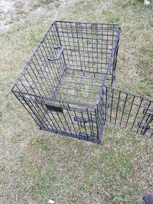 """Dog kennel 19×24×17"""" for Sale in Mableton, GA"""