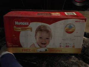 Huggies pampers for Sale in Houston, TX