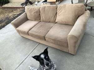 Tan/Brown Couch FREE! for Sale in Concord, CA