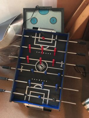 Mini foosball/air hockey table like new for Sale in IL, US