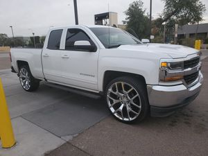 Chevy Silverado 2018 for Sale in Peoria, AZ