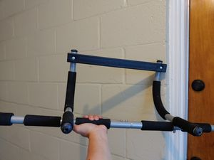 Iron Gym - Work out Bar for Sale in River Forest, IL