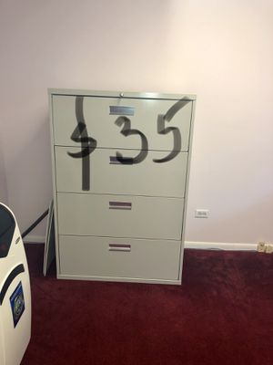 Like new file cabinets for Sale in Chicago, IL