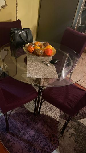 Dining tables with four chairs in a great condition..! for Sale in Montebello, CA