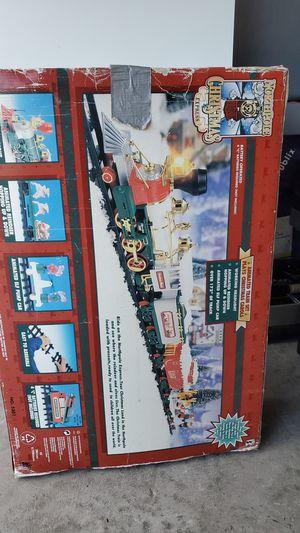 Christmas train set for Sale in MAGNOLIA SQUARE, FL