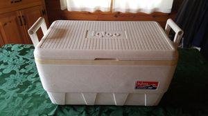 Igloo marine 36 quart cooler for Sale in Burrillville, RI