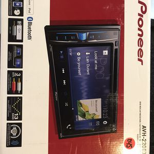 Pioneer AVH-220EX In-Dash Radio for Sale in Glendale, AZ
