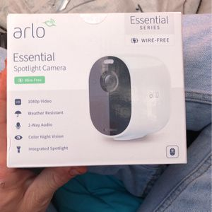 Arlo Essential Spotlight Camera for Sale in Fresno, CA