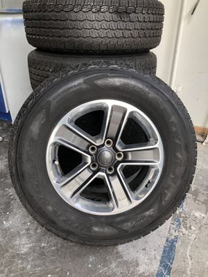 Jeep Wrangler rims and tires- like new 2018 for Sale in Aloma, FL