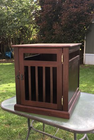 Side Table Dog Crate / Pet Crate for Sale in Ruston, WA