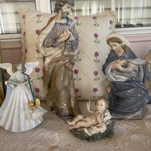 Lladro Virgin Mary Nativity Figurine for Sale in Monterey Park, CA