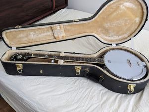 Banjo With Hard Case Brand New for Sale in Greenville, SC